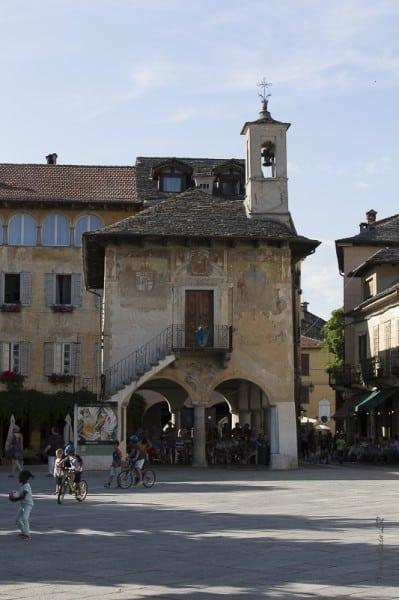 Palais communal et halle du marché