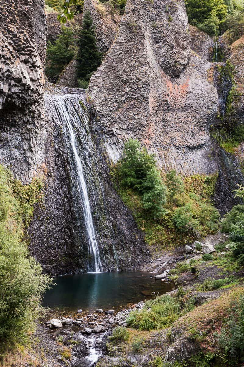 La Cascade du Ray Pic s'écoule sur des orgues de basalte