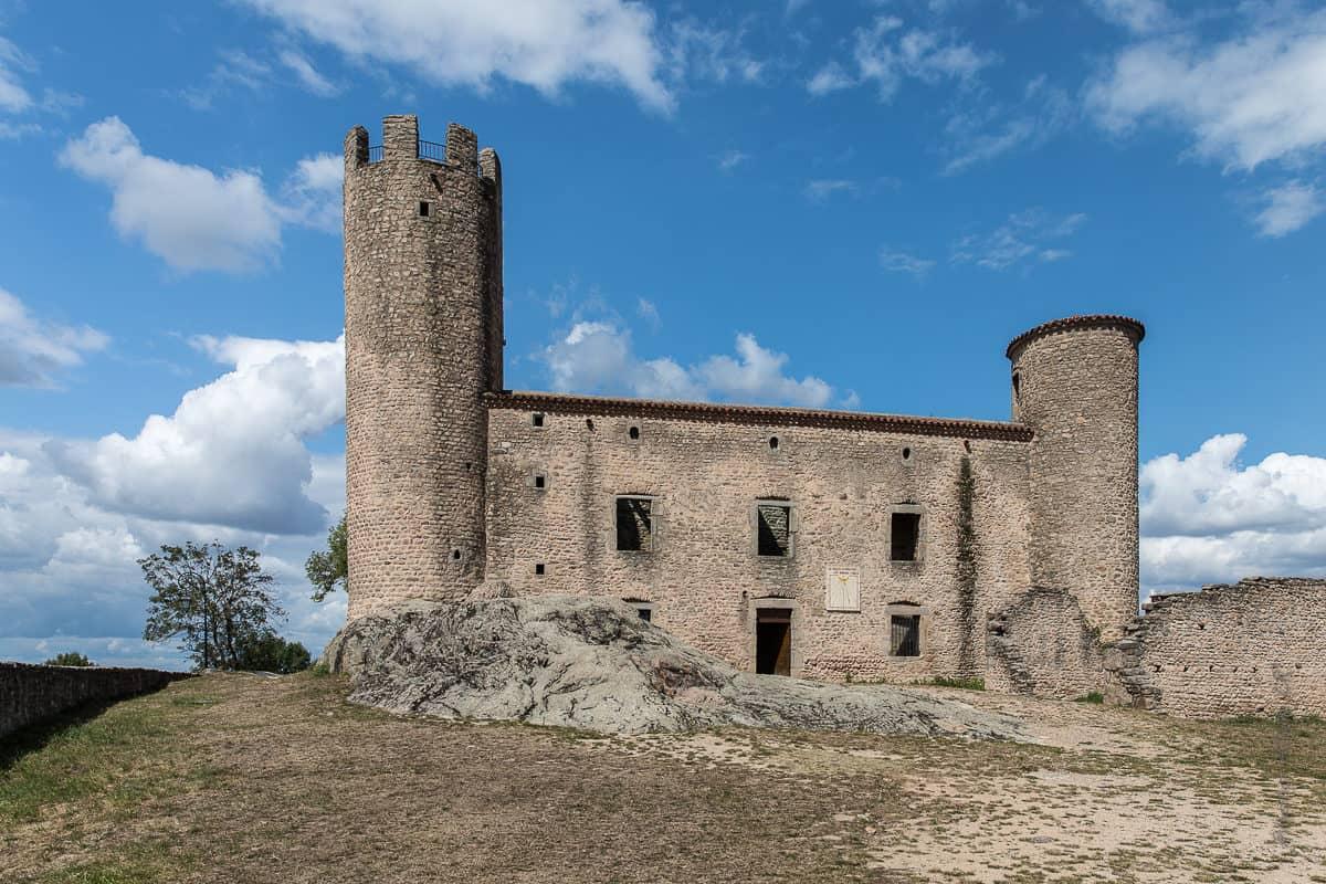 façade du château d'Essalois